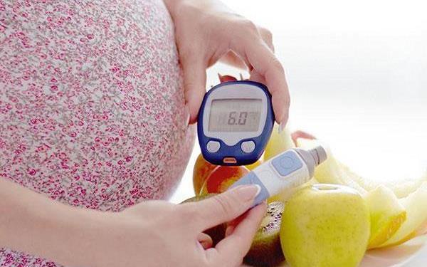 Cukrzyca ciążowa: objawy, leczenie, zalecenia dietetyczne
